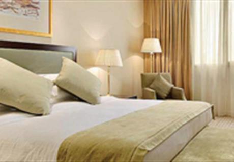 Standart odalarımız 47 M2 ve bir çift kişilik bir tek kişilik yatak ve banyo'dan oluşmaktadır.